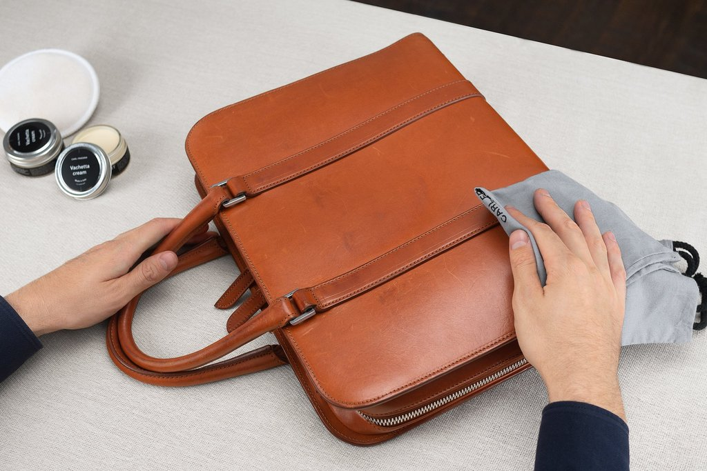 How-to-take-care-of-your-bag